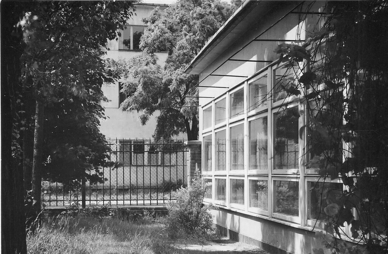 """<span class=""""tytul"""">Designing Children's Spaces: Nina Jankowska's Activity in the Area of Architecture and Industrial Design for Children</span> <div class=""""block-podtytul"""">Działalność Niny Jankowskiej wdziedzinie projektowania architektury iwzornictwa przemysłowego dla dzieci</div>"""